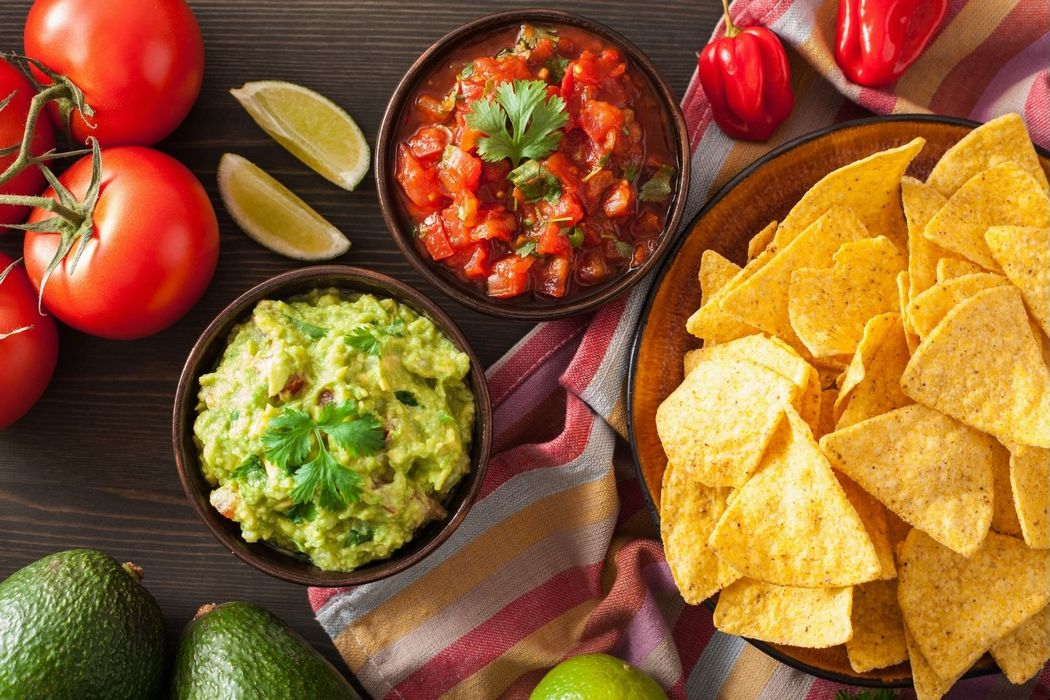 How To Make Restaurant-Style Salsa In A Blender